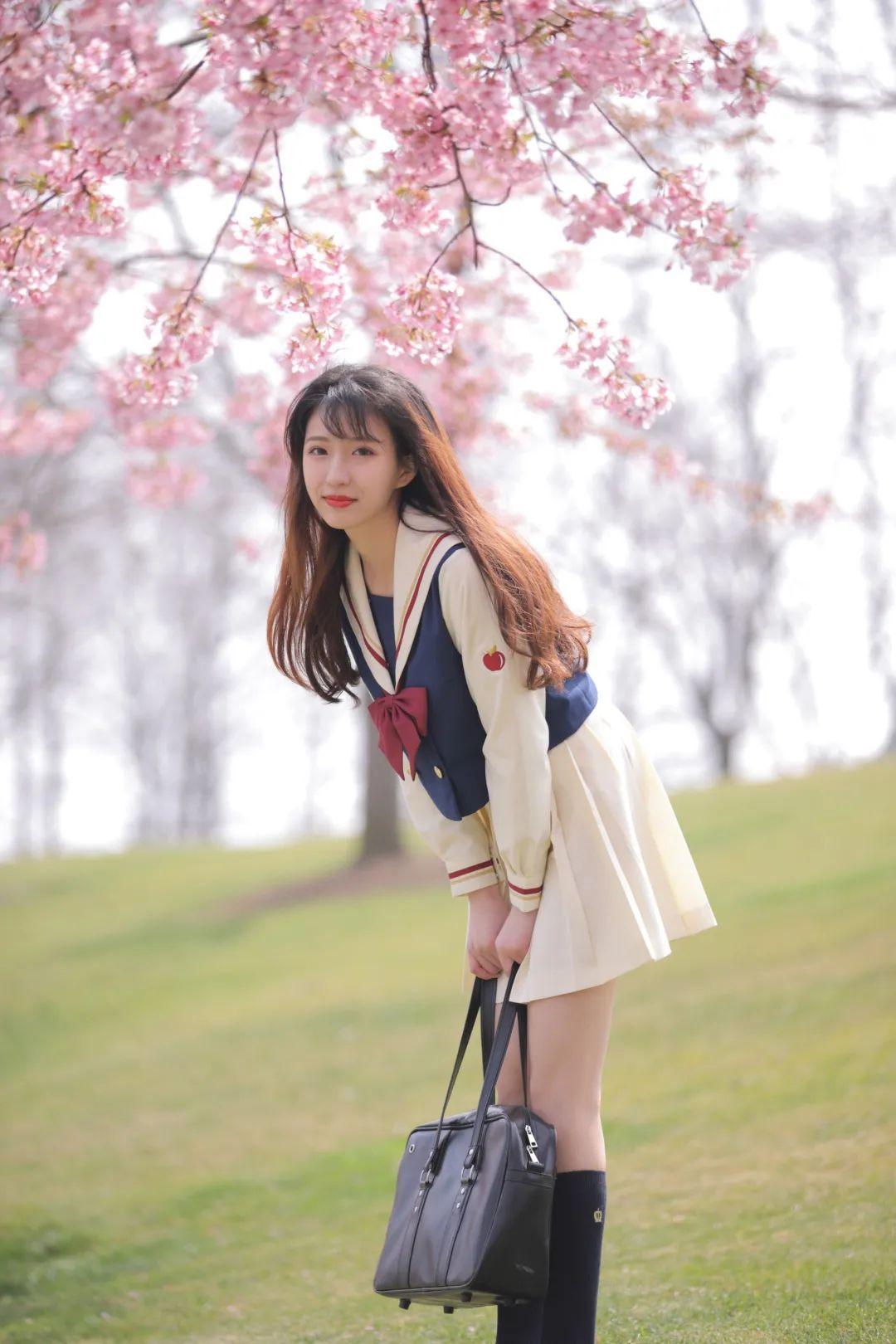 妹子摄影 – 粉粉的日系少女樱花树下写真_图片 No.17