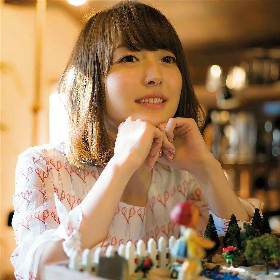 花泽香菜2005-2020年颜值变化,老婆真的好好看啊_图片 No.8