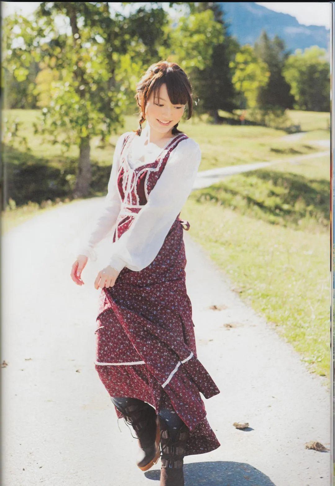 花泽香菜2005-2020年颜值变化,老婆真的好好看啊_图片 No.11