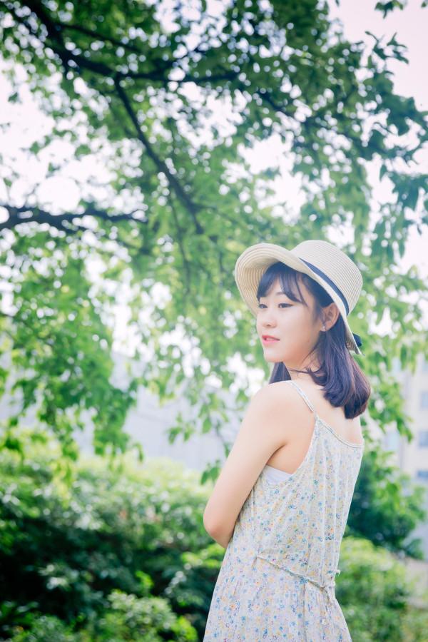 妹子摄影 –花儿与长裙少女_图片 No.8