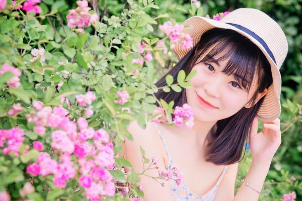 妹子摄影 –花儿与长裙少女_图片 No.10