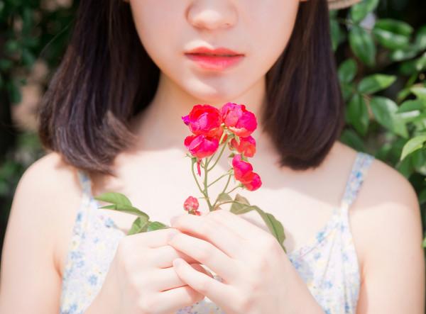 妹子摄影 –花儿与长裙少女_图片 No.12