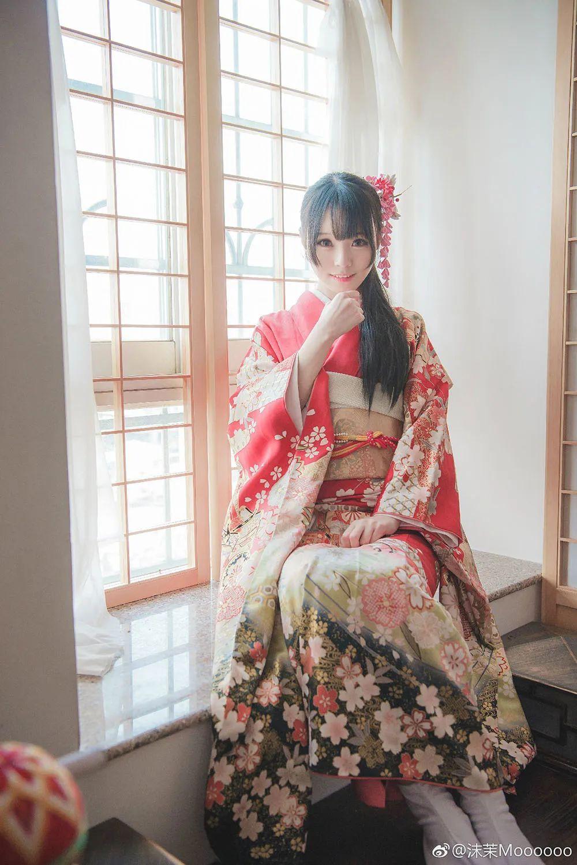 妹子摄影 – 和服少女嗅花香_图片 No.5