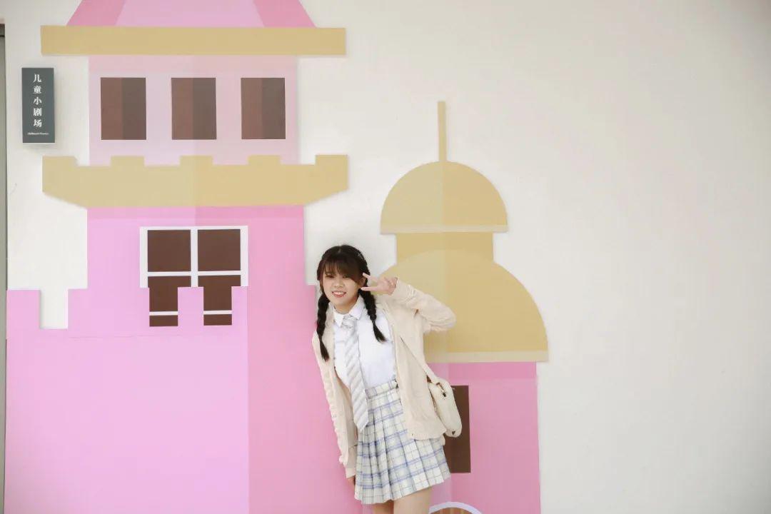 妹子摄影 – 图书馆里热爱学习的JK制服双马尾女孩_图片 No.7