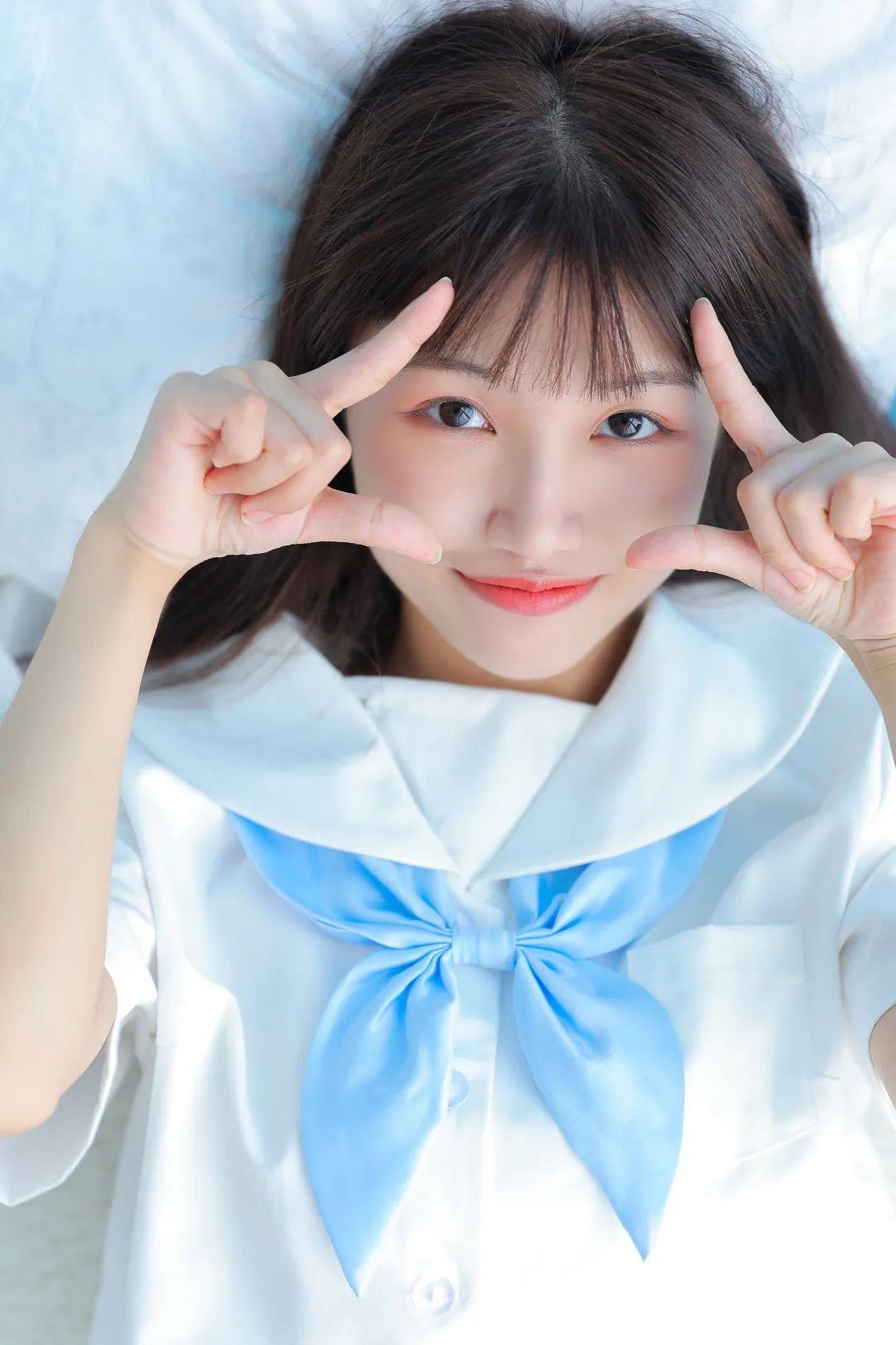 妹子摄影 – 白色连衣裙美腿少女的夏日生活_图片 No.7