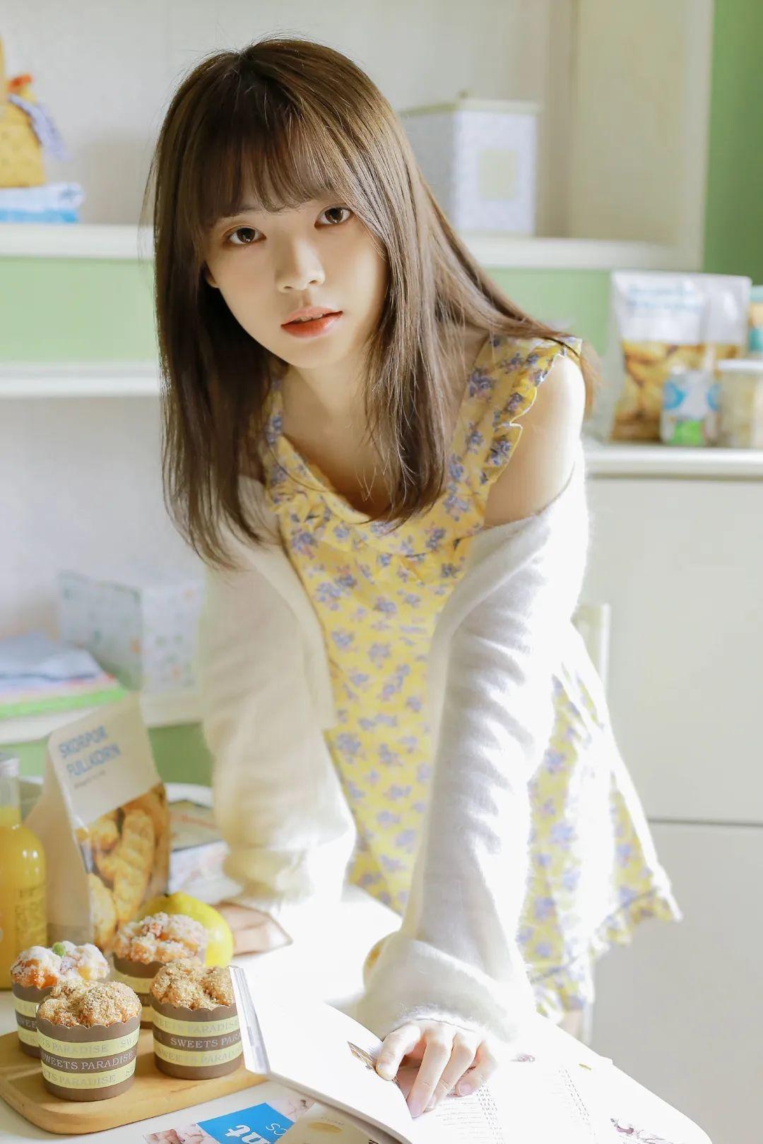 妹子摄影 – 青春少女白色小腿袜_图片 No.8