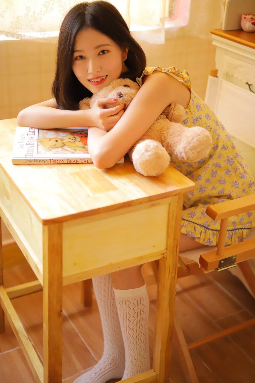 妹子摄影 – 笑起来真好看的连衣裙虎牙妹妹_图片 No.4