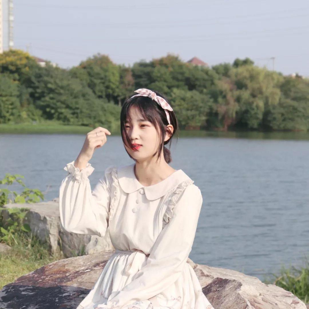 妹子摄影 – 白丝袜连衣裙少女和JK制服元气女孩_图片 No.4