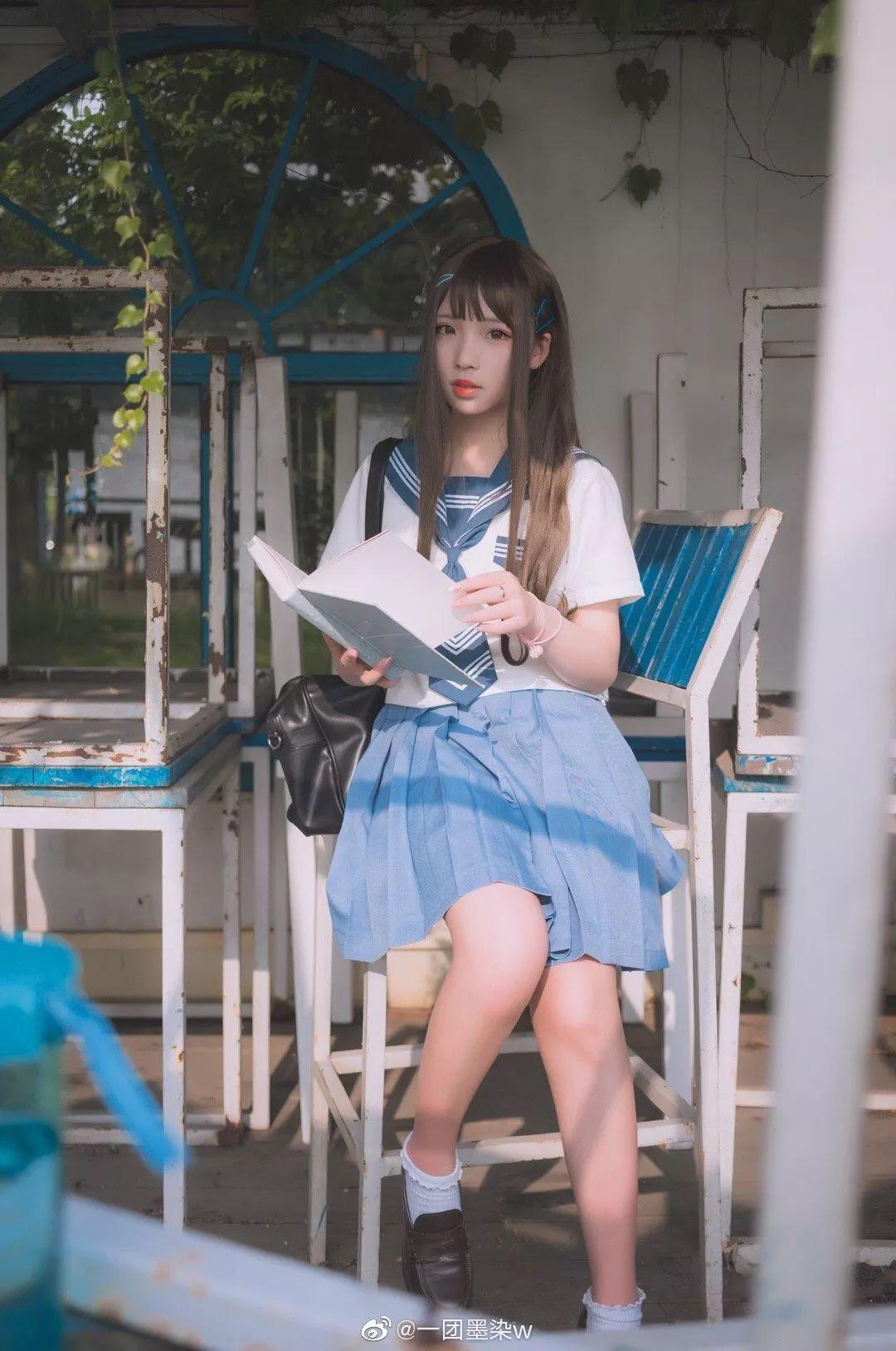 妹子摄影 – 白丝袜连衣裙少女和JK制服元气女孩_图片 No.13