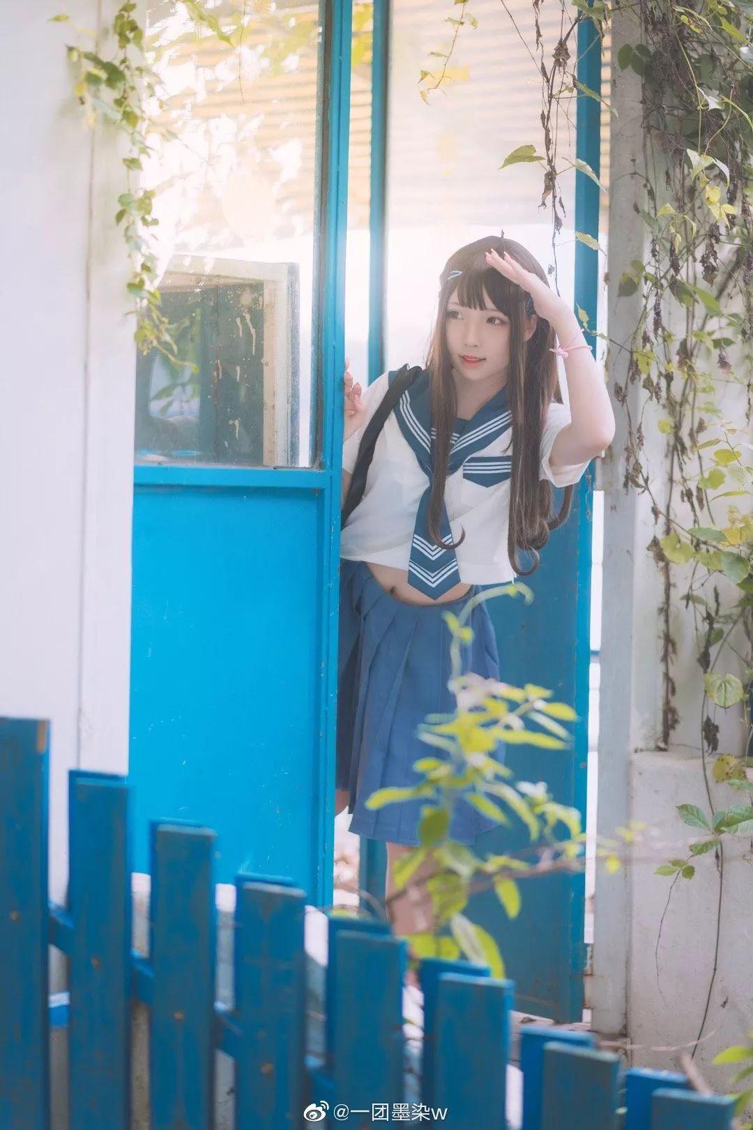 妹子摄影 – 白丝袜连衣裙少女和JK制服元气女孩_图片 No.16