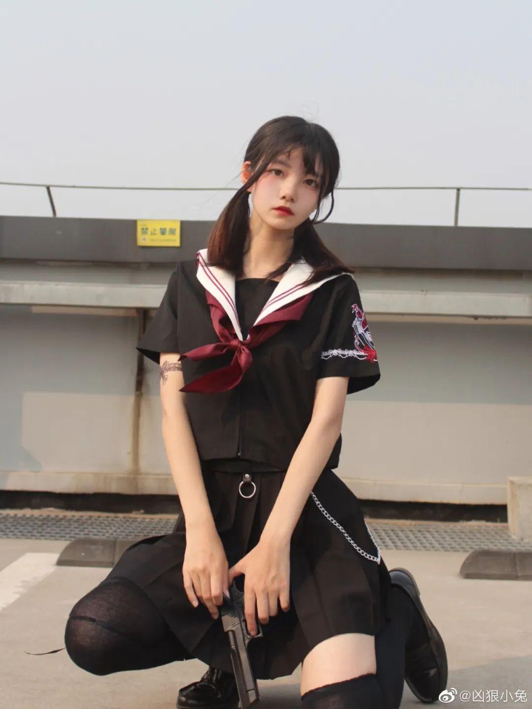妹子摄影 – JK制服兽耳娘小姐姐+ 双马尾小姐姐_图片 No.9
