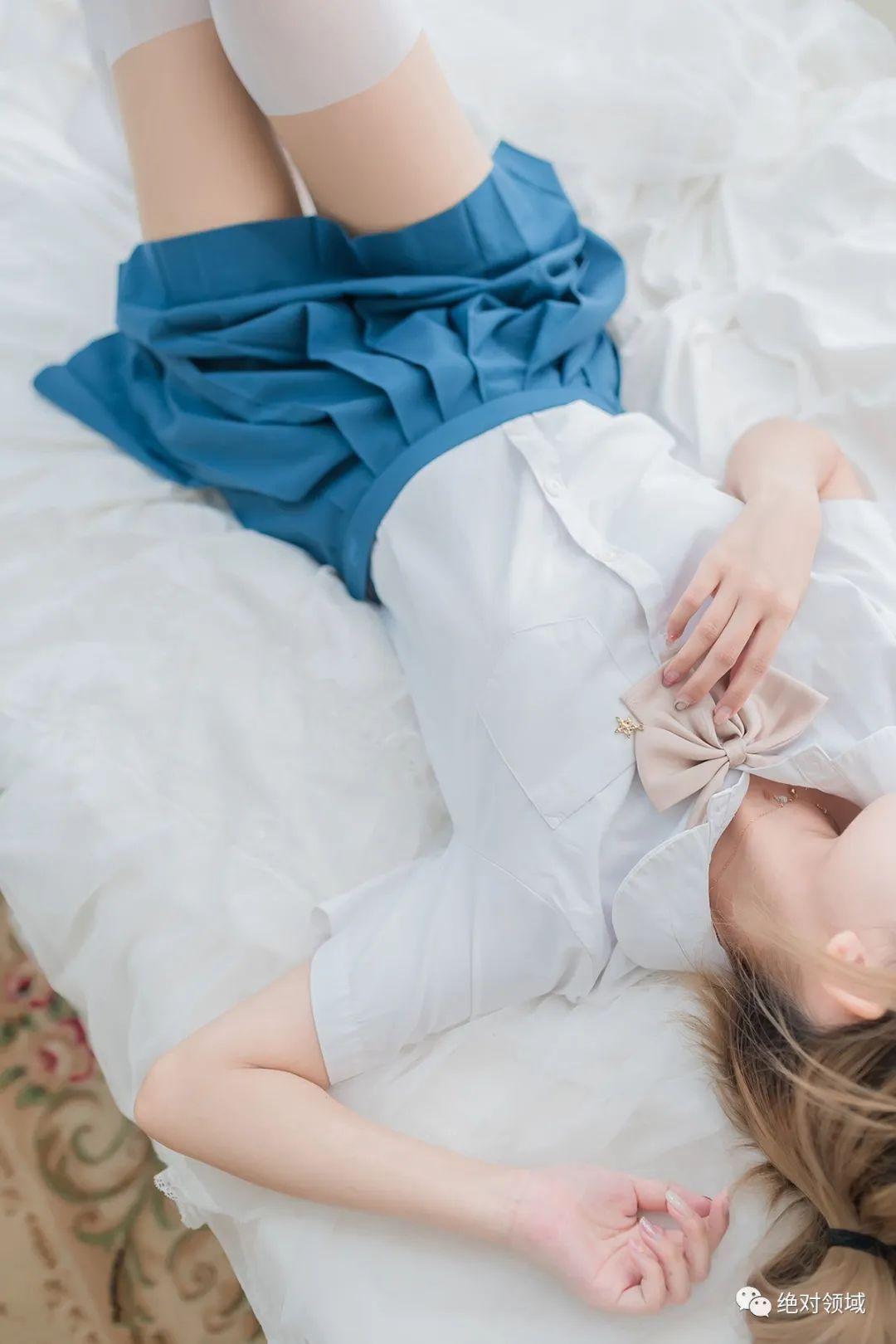 妹子摄影 – JK制服白丝袜,少女的绝对领域太出彩了!_图片 No.2