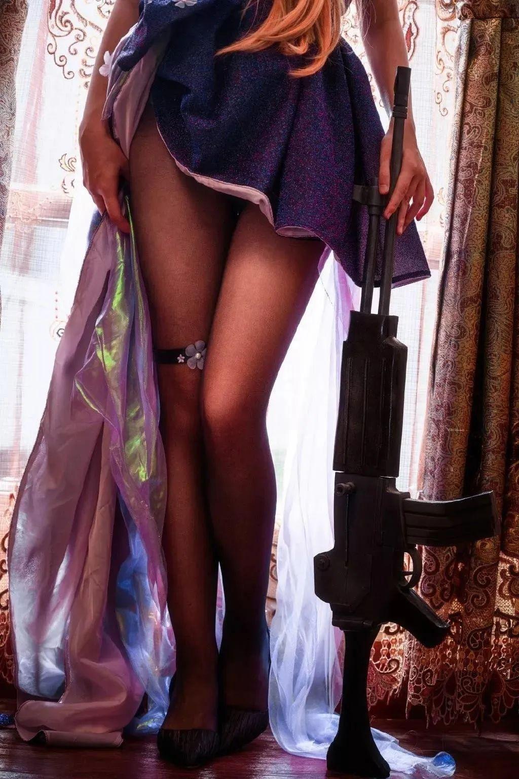 Cosplay—少女前线 K2,又是一双适合舔骨折的黑丝美腿_图片 No.6