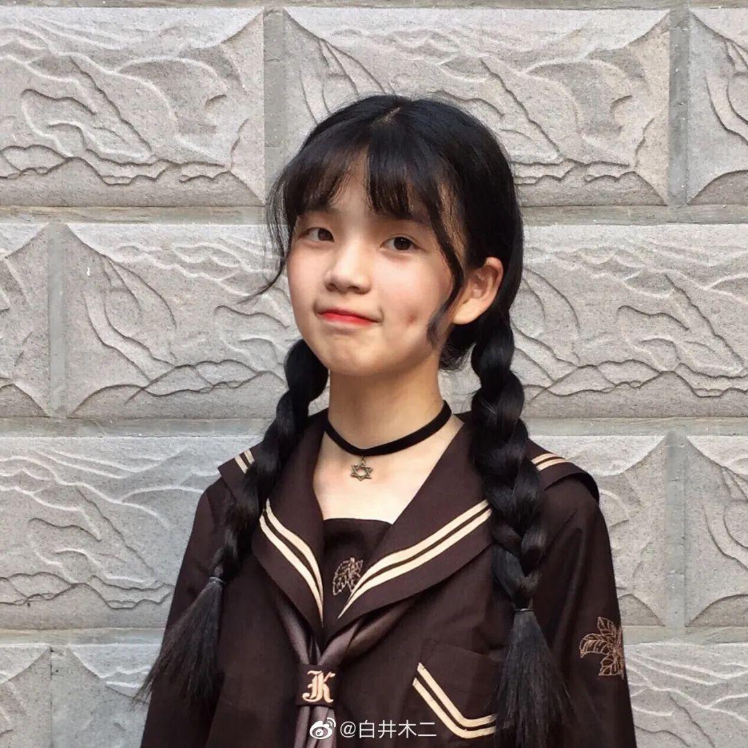 妹子摄影 – 黑色JK制服小裙子的梨涡少女@白井木二_图片 No.1