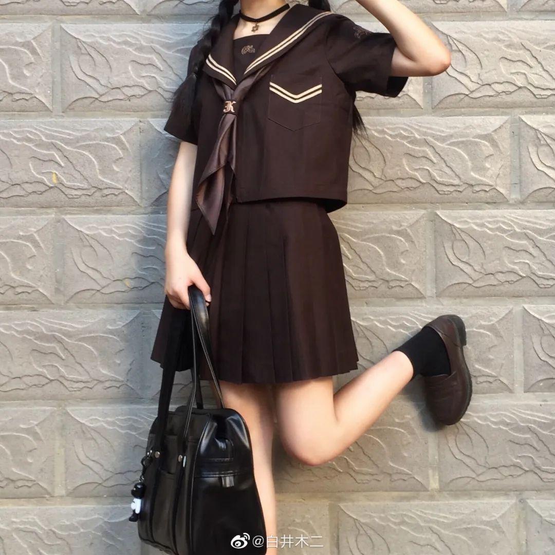 妹子摄影 – 黑色JK制服小裙子的梨涡少女@白井木二_图片 No.4