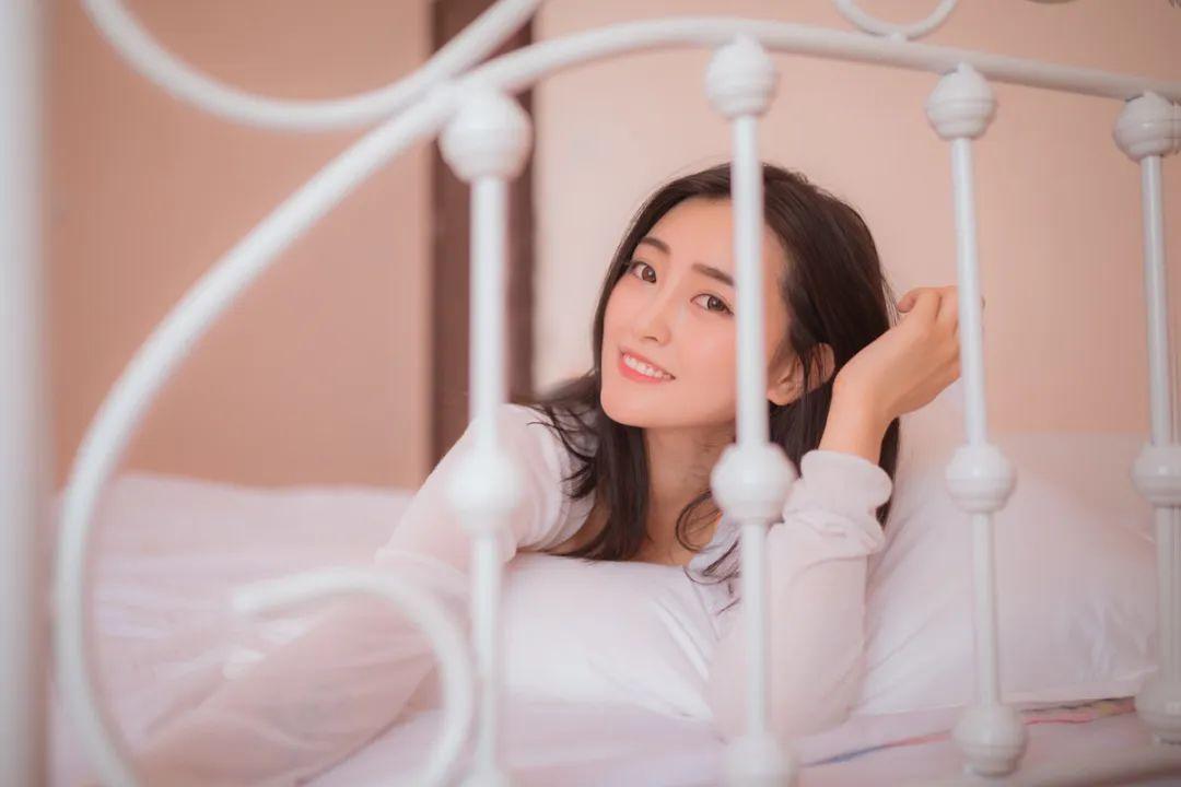 妹子摄影 – 居家少女睡裙与浴袍_图片 No.17