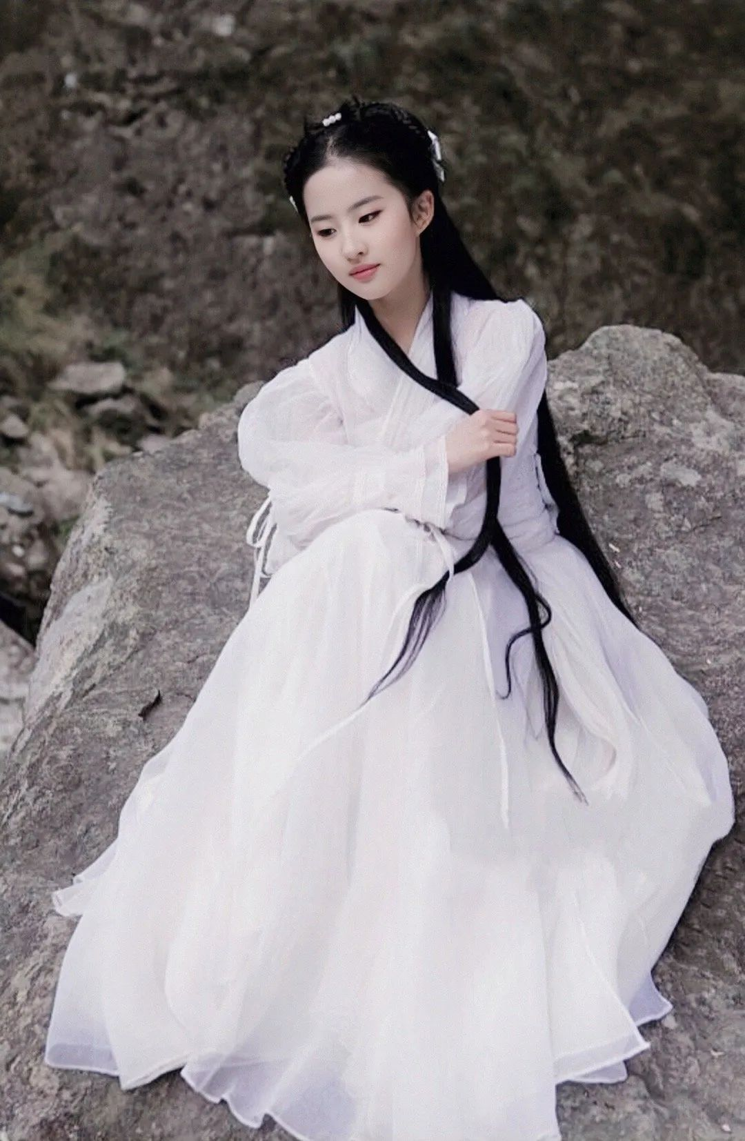 刘亦菲小龙女美图,这就是神仙姐姐的美貌吗?_图片 No.7