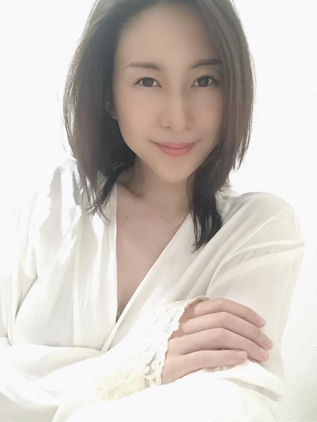 一起来看看2020最新日本DMM人气女演员TOP10 No.9
