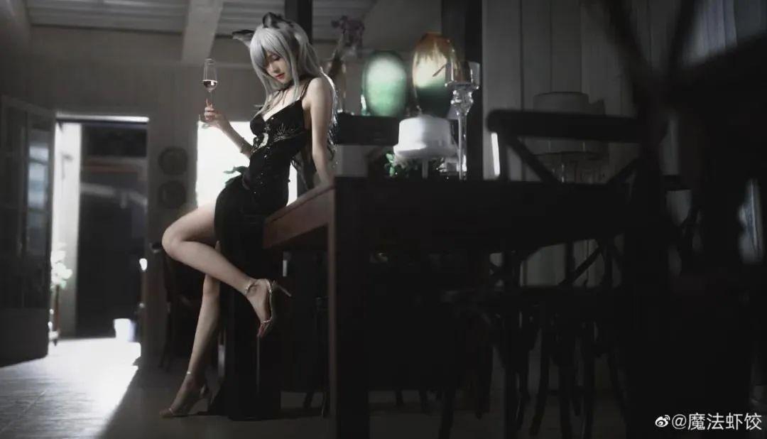 Cosplay-《明日方舟》黑(@魔法虾饺)_图片 No.5