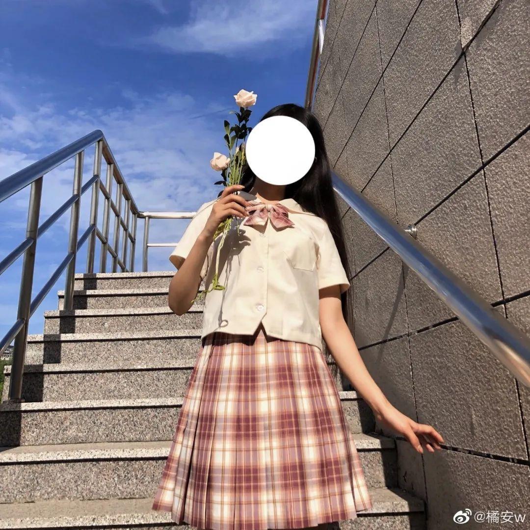 妹子摄影 – JK制服白丝小腿袜少女,初恋的香气_图片 No.2