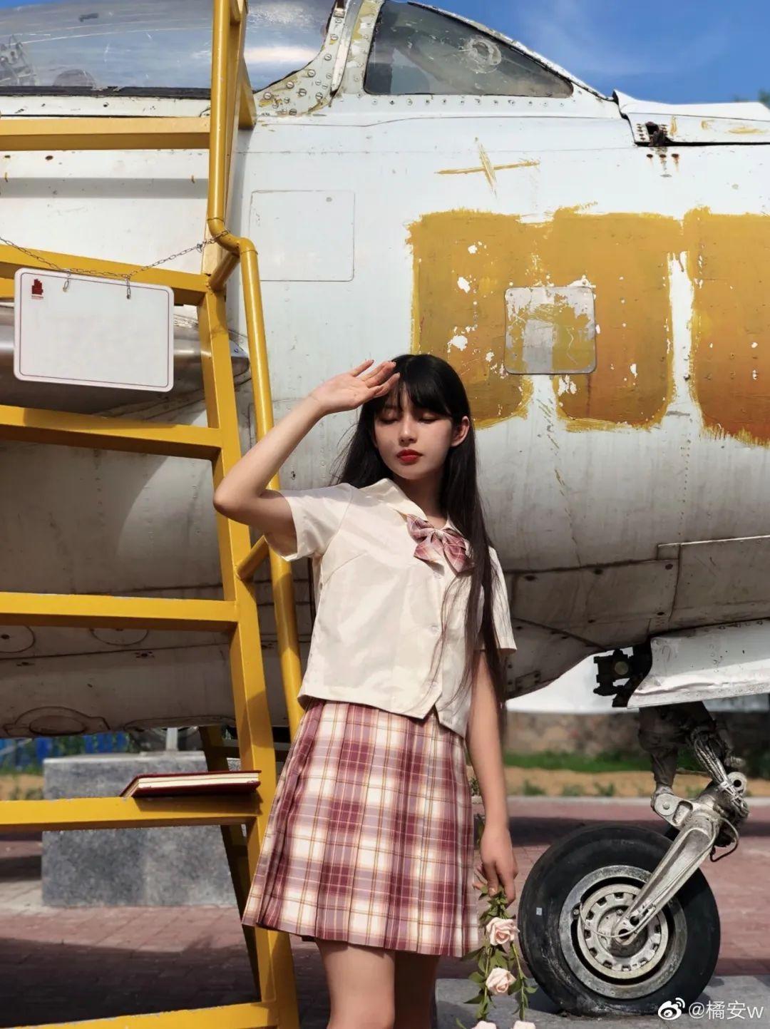 妹子摄影 – JK制服白丝小腿袜少女,初恋的香气_图片 No.10