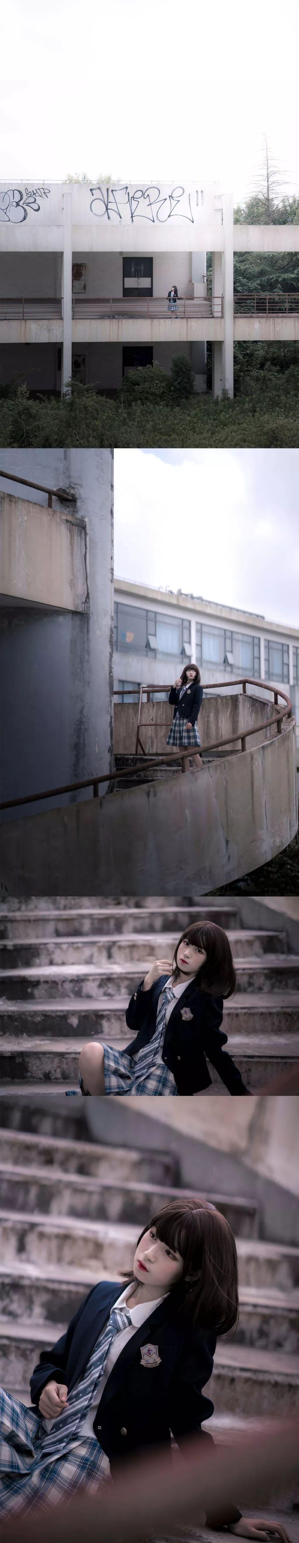 妹子摄影 – 短发jk制服少女 在破旧的教学室和一张椅子演绎颓废之美_图片 No.3