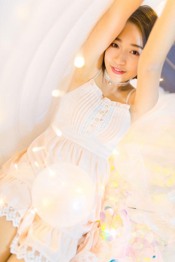 妹子摄影 – 小姐姐睡衣写真,还透着梦幻的味道_图片 No.1