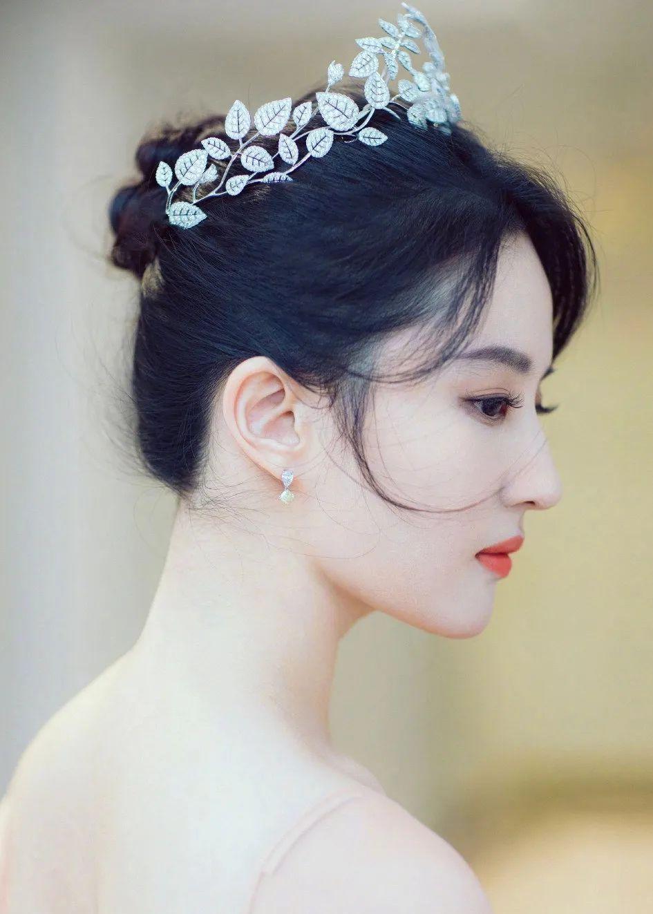 妹子写真 – 女王范的刘亦菲和傻白甜的赖美云,你更喜欢哪一位?_图片 No.6