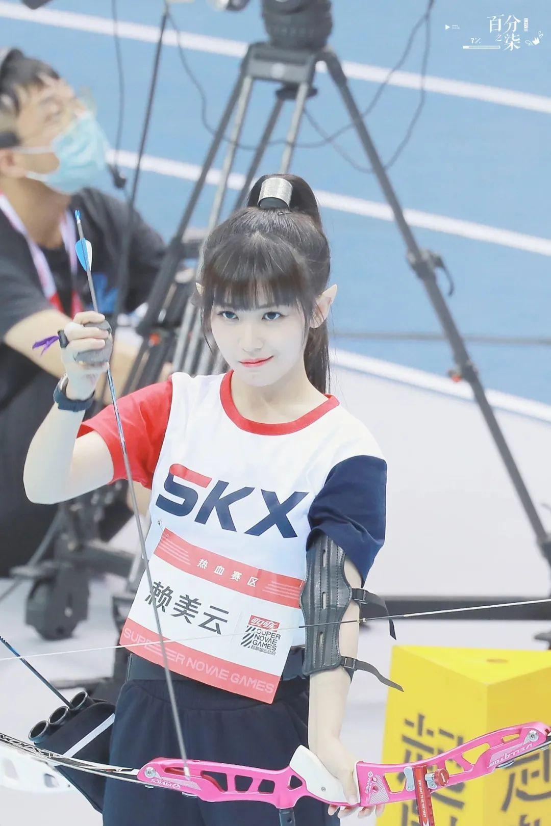妹子写真 – 女王范的刘亦菲和傻白甜的赖美云,你更喜欢哪一位?_图片 No.16