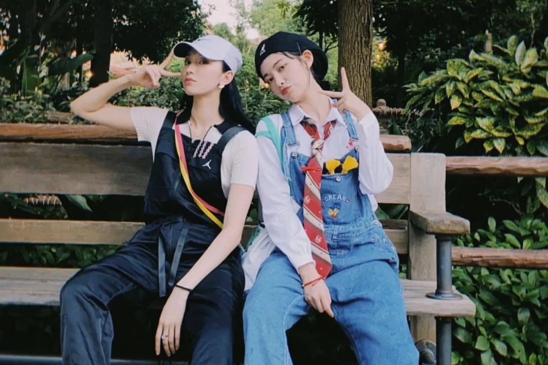 妹子写真 – 许佳琪 × 刘令姿,有认识这两位的嘛?_图片 No.30