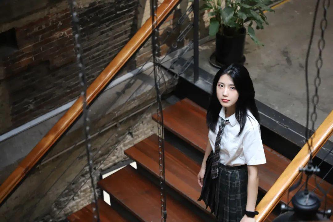 妹子摄影 – JK制服高颜值学姐 黑丝绝对领域_图片 No.2