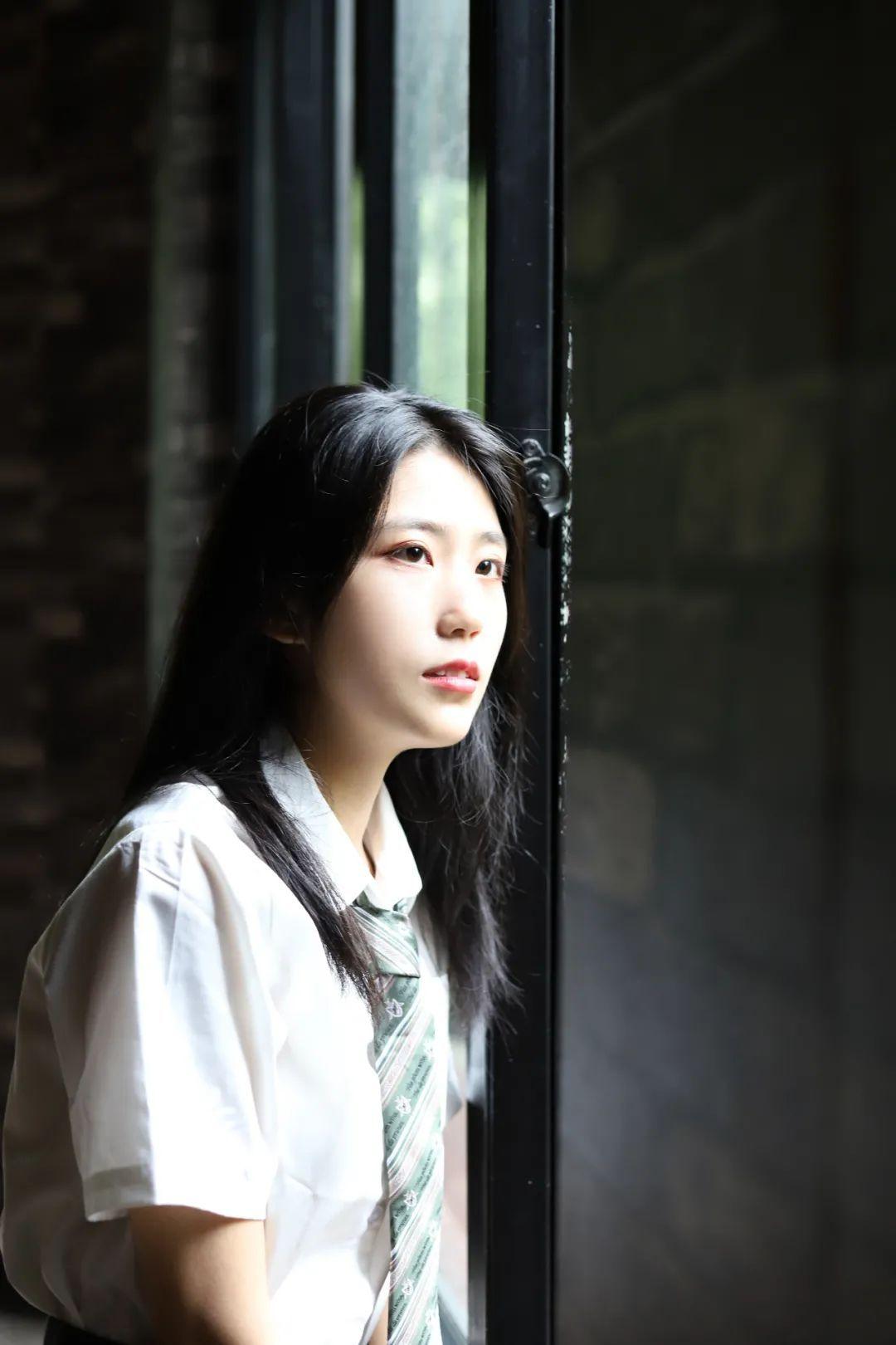 妹子摄影 – JK制服高颜值学姐 黑丝绝对领域_图片 No.6