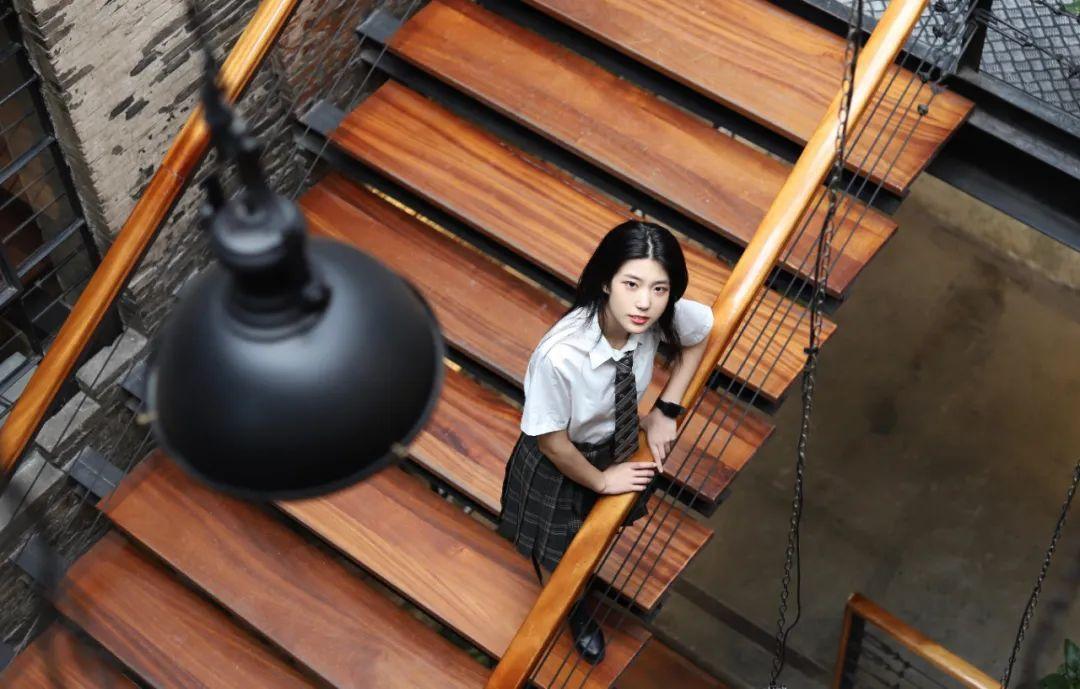 妹子摄影 – JK制服高颜值学姐 黑丝绝对领域_图片 No.8