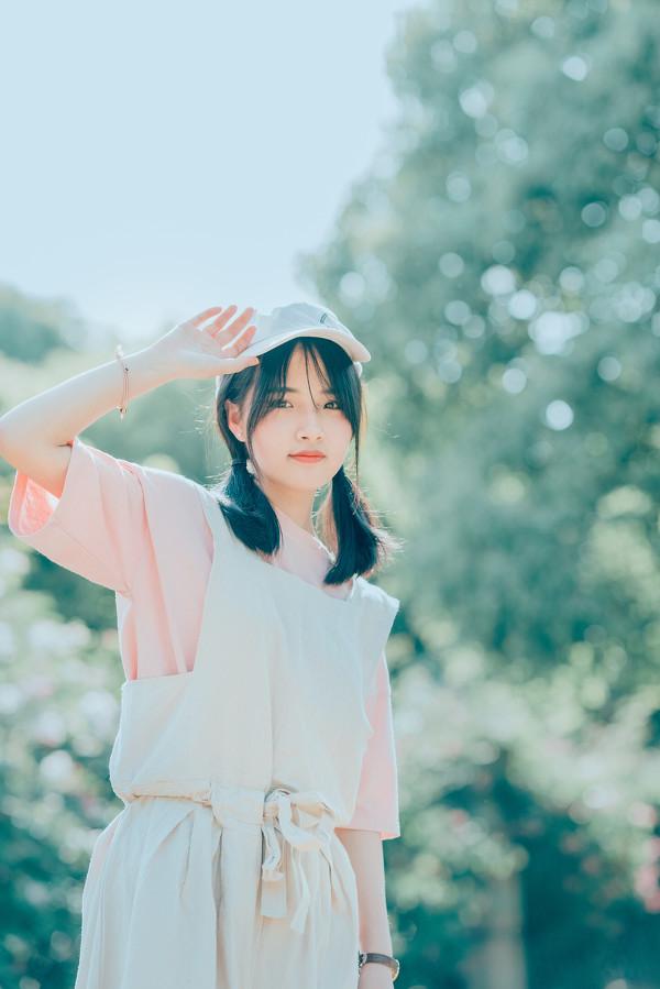 妹子摄影 – 双马尾园丁服超可爱的妹妹_图片 No.5