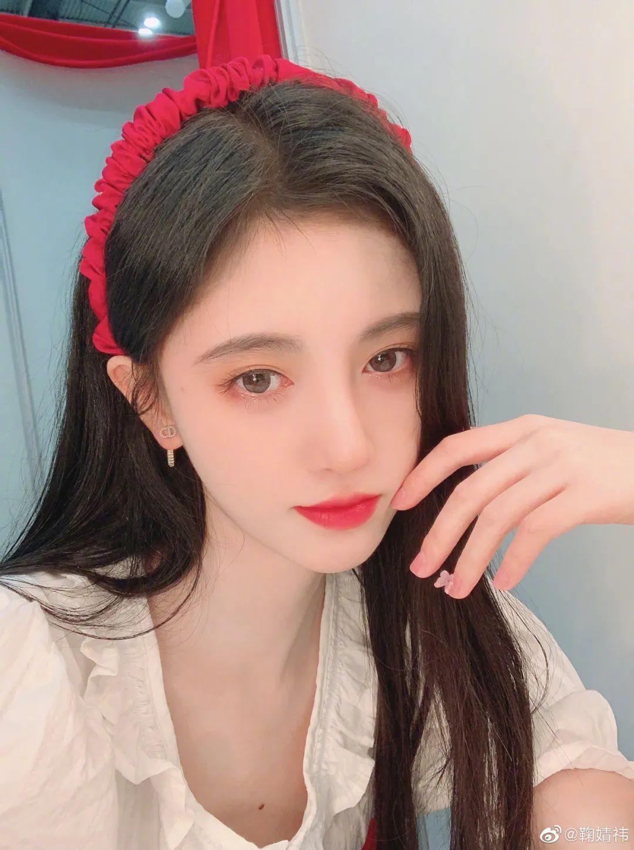妹子写真 -美少女鞠婧祎和日本演员三吉彩花,你喜欢哪位呢?_图片 No.22