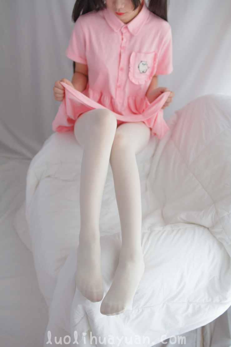 [少女秩序] – EXVOL系列之 EXVOL.01 少女JK制服戏水与宽松粉色t恤居家 [56P/377 MB]_图片 12
