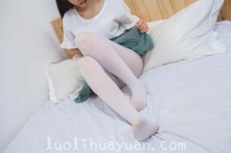 [少女秩序] – EXVOL系列之 EXVOL.03 绿色针织裙的甜美少女 白色连体丝袜鸭子坐 [63P/470 MB]_图片 12