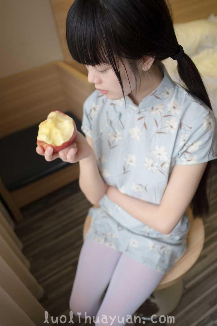 [西ER酱] – 兰草旗袍篇 短款旗袍苹果香甜 [41P/87 MB] 配图 No.2