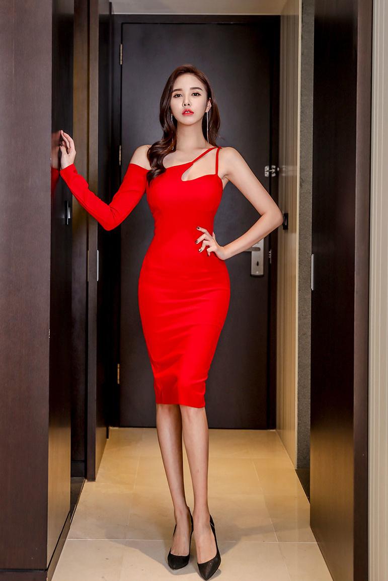 一袭红裙美美哒
