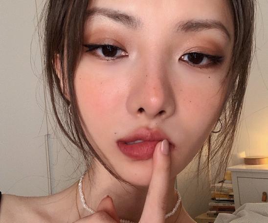 女装搭配化妆技巧的图片 第3张