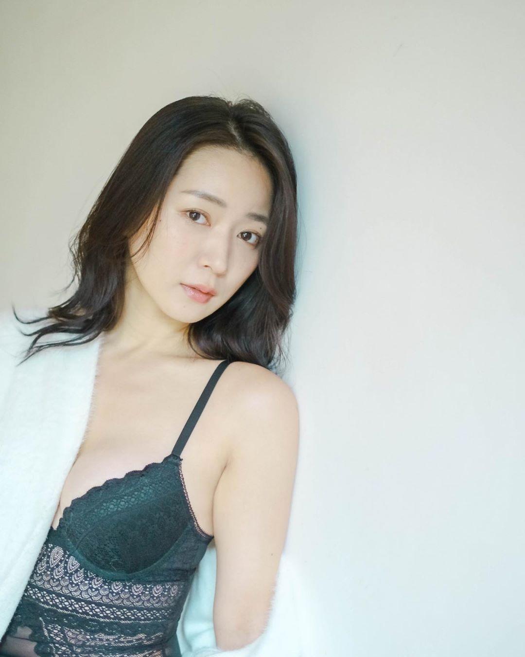 日本女星阶户瑠李突逝,曾出演《全裸导演》等作品 福利吧 第10张