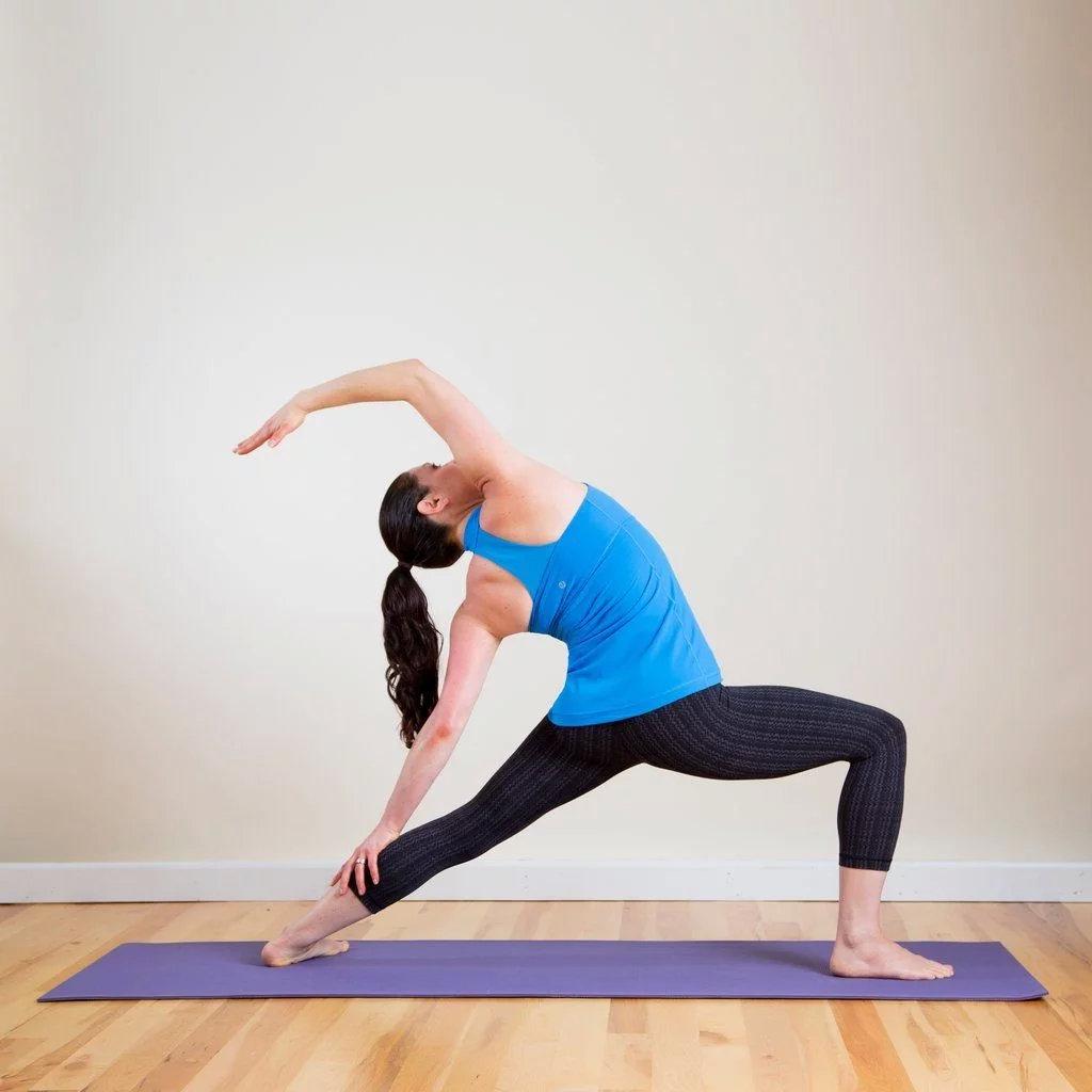 强健大腿内侧的8个瑜伽姿势,一定要为你的女神收藏! 涨姿势 第1张