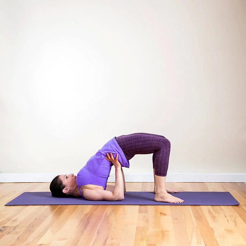 强健大腿内侧的8个瑜伽姿势,一定要为你的女神收藏! 涨姿势 第8张