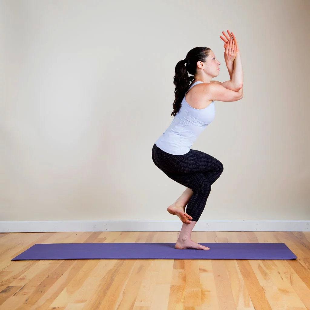 强健大腿内侧的8个瑜伽姿势,一定要为你的女神收藏! 涨姿势 第6张