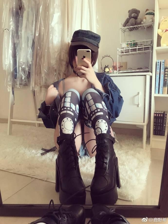 @鹿野希二次元巨乳美少女私房写真打包下载 2.92GB
