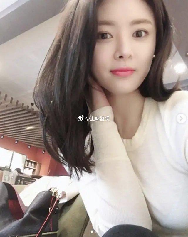 28岁的韩女团成员韩智星车祸被撞身亡,原因是下车尿尿!