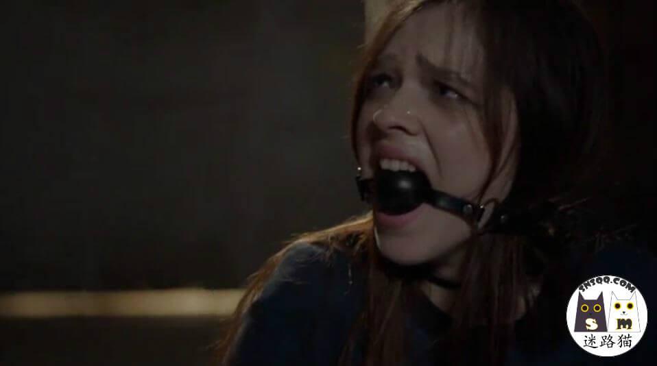 影视字母圈之二-电影中的Sama口球堵嘴画面