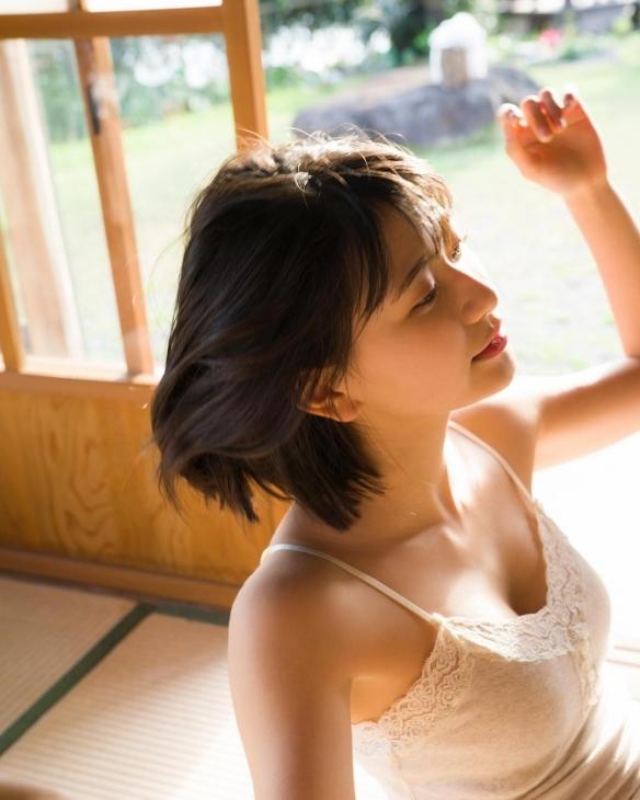 日本18岁女高中生 山田南实 超元气 写真美图欣赏-新图包