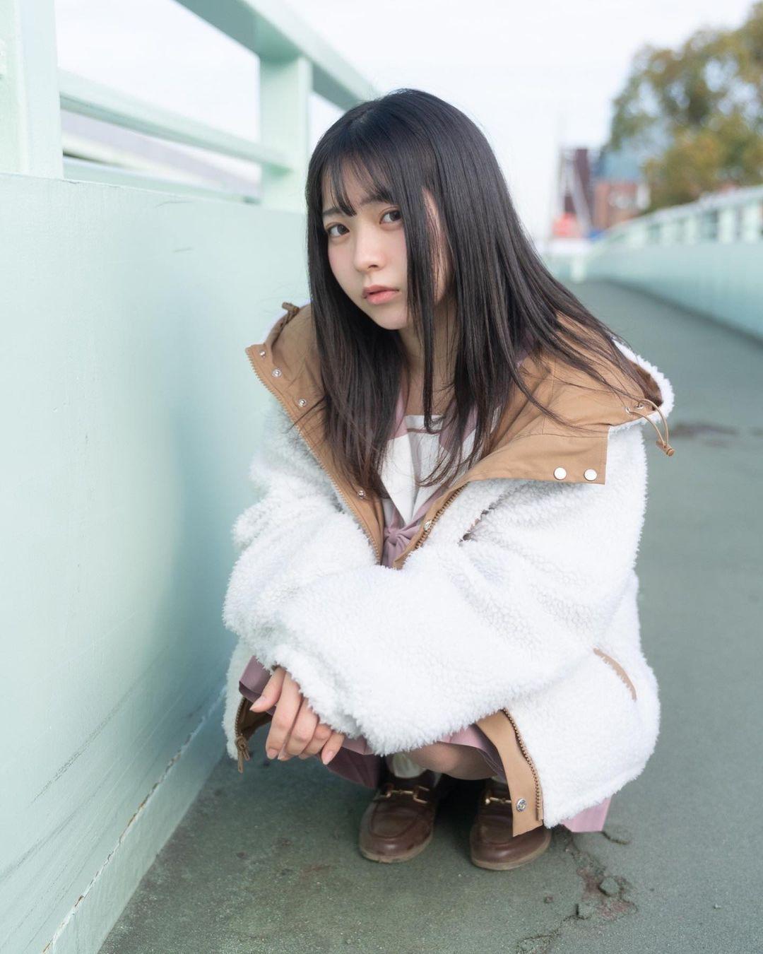 17岁仙女高中生瀬戸りつ绝美长相激似IU 全身散发空灵气质美到有点不真实 养眼图片 第4张