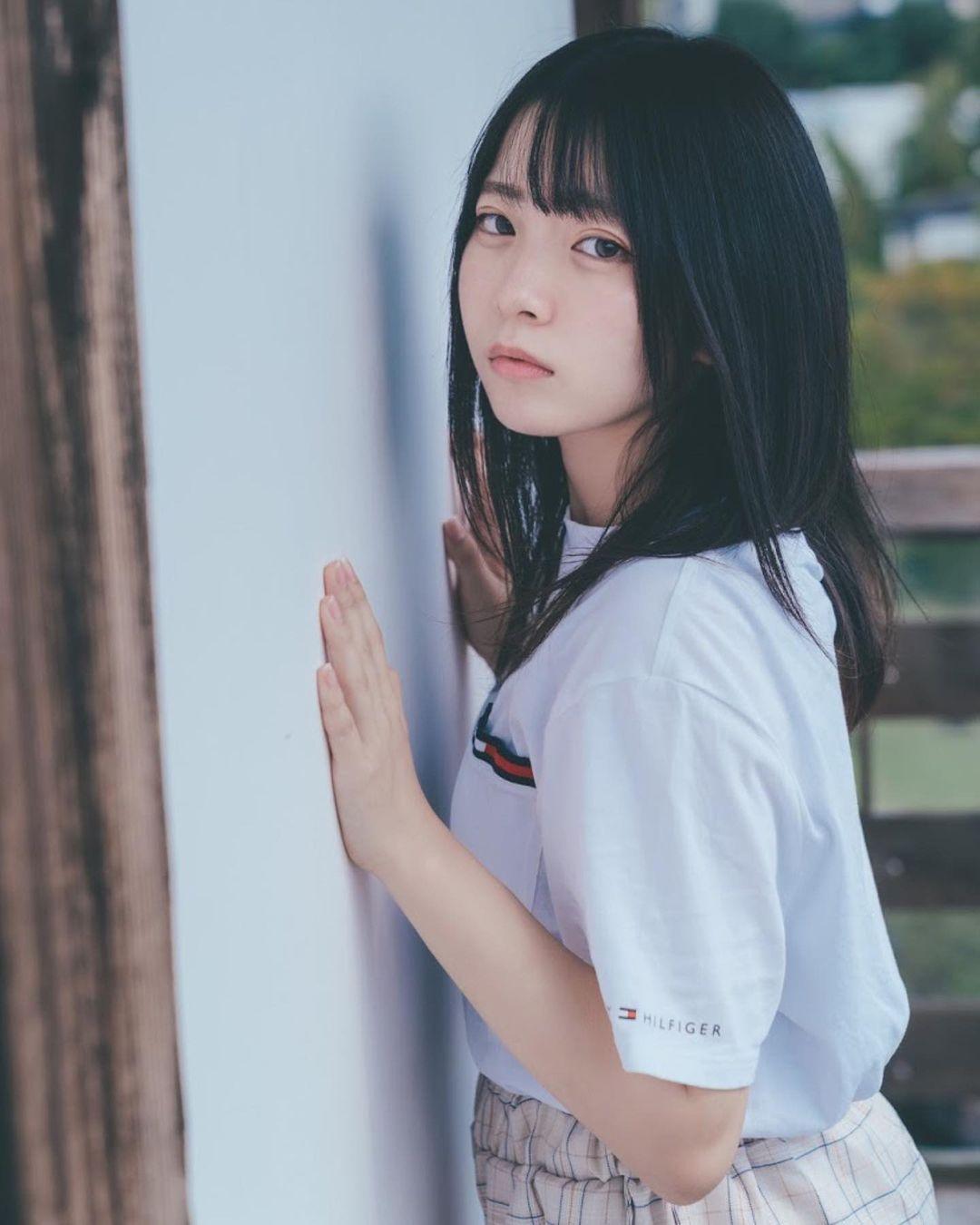 17岁仙女高中生瀬戸りつ绝美长相激似IU 全身散发空灵气质美到有点不真实 养眼图片 第30张